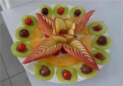 最简单漂亮的水果拼盘