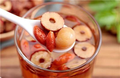 桂圆红枣枸杞茶